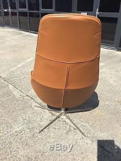 BoConcept Boston chair with swivel and tilt function Leather