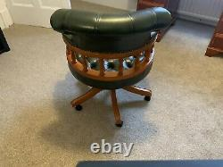 Captains Chair In Green Leather Luxury office chair