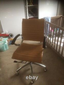 Charles Eames Style Mid Century Office Swivel Chair Leather Stunning