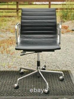 Charles Eames Vitra Black Leather Task Chair Ea117 Office Home Collect Le8