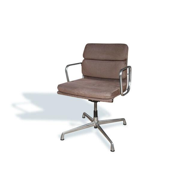 Classic Eames Soft Pad Chair Ea218 Made By Icf Italy, Swivel, Suede Leather