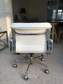 Excellent Vitra Eames ICF EA217 Soft Pad Leather And Chrome Office Chair