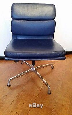 Genuine Charles & Ray Eames Vitra EA208 Blue Leather Soft Pad Office Chair