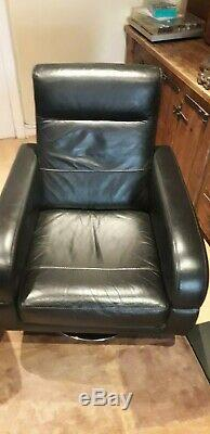 Gorgeous, comfortable black leather swivel chairs office, lounge, cinema room