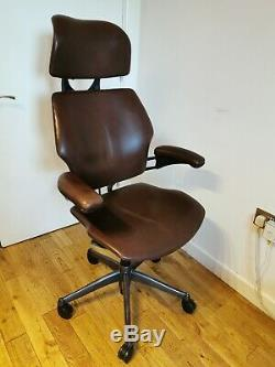 HUMANSCALE FREEDOM ERGONOMIC OFFICE TASK CHAIR WITH Headrest (Chocolate Leather)