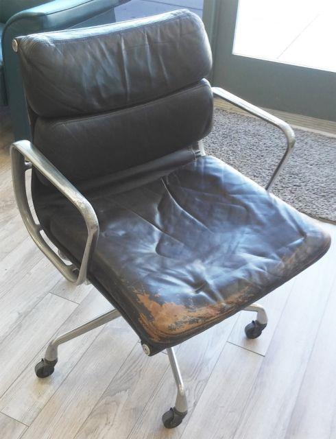 Herman Miller Eames Soft Pad Management Aluminum Group Leather Office Desk Chair