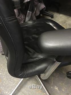 Herman Miller Office Aqua Chair In Black Leather & With Chrome Base