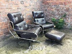 Leather and Chrome Office Open arm chairs, by PIEFF. Circa 1970's