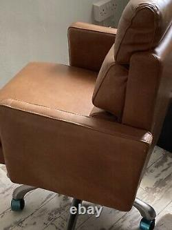 Luxury Leather Office Chair On Rotating Pedestal