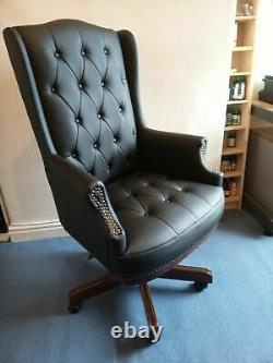 Manager Executive Directors Chesterfield Antique Style Leather Office Chair