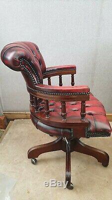 Norwegian Ring Mekanikk Captain's Swivel Office Chair With Red Button-back