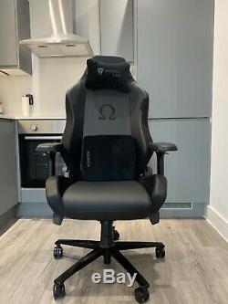 Secretlab OMEGA Office/Gaming Chair, Black PRIME 2.0 PU / Black Suede 2020