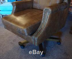 Stunning Large Leather Executive Office Chair Vintage Styling