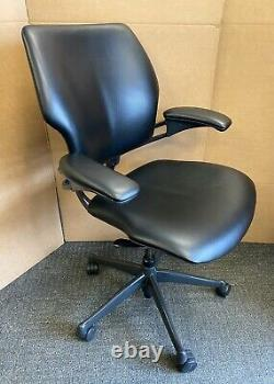 Superb Black Leather Humanscale Freedom Ergonomic Office Chair