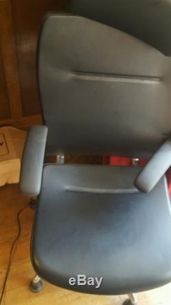 Teknion Okamura super Executive high back Chair Chrome/Alli Black Leather superb