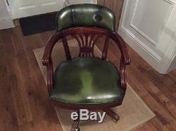 Traditional Leather Office Chair 5 castor wheels