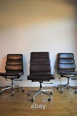 VINTAGE ORIGINAL CHARLES EAMES LEATHER SOFT PAD CHAIR FOR ICF computer office