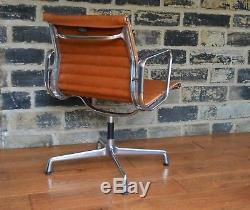 Vitra Charles Eames EA 208 Ribbed Leather Chair