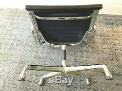 Vitra Swivel Chair EA 107 by Charles & Ray Eames Cost nearly £3000 New